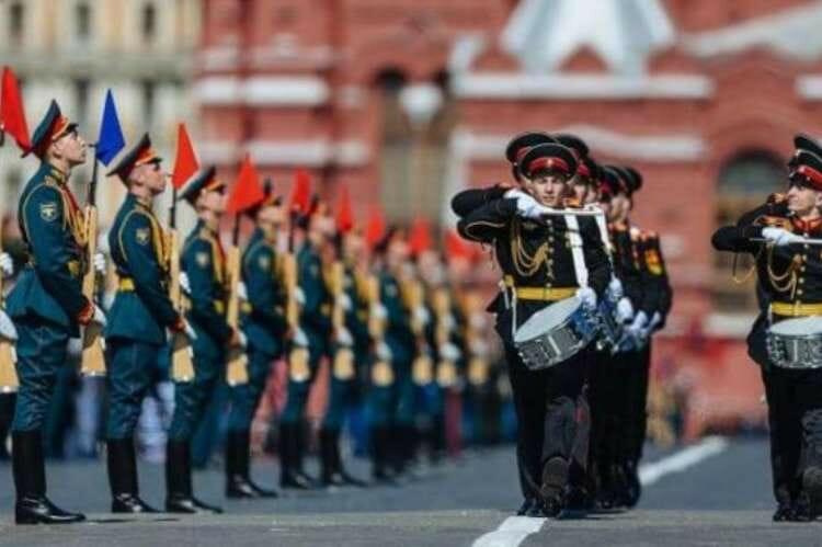 "Репетиция парада Победы на ""Бит Жизни!"""