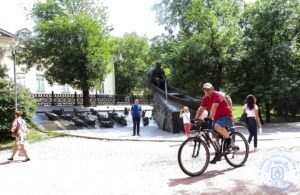 "Памятник Шолохову на ""Бит Жизни!"""