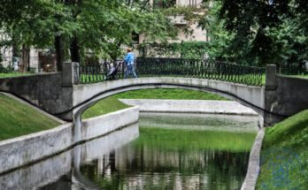©Дмитрий Жеребцов   Арочный вход в парк