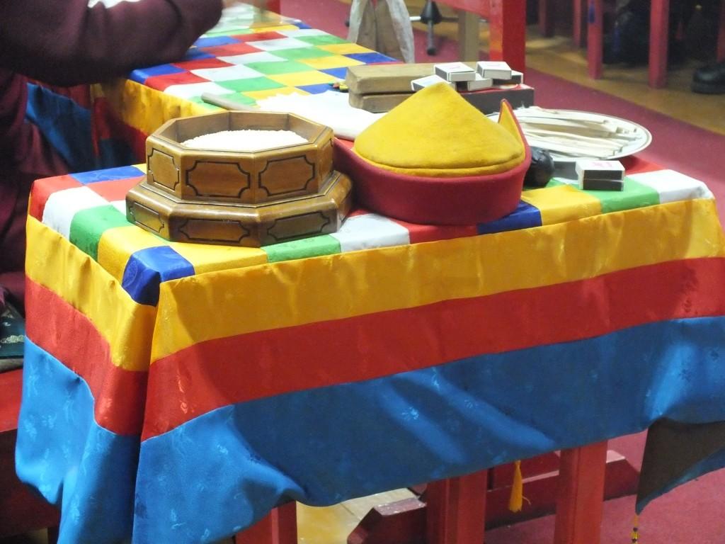 Зула Хурал — «Праздник тысячи лампад» (День ухода в нирвану Богдо Цзонхавы)