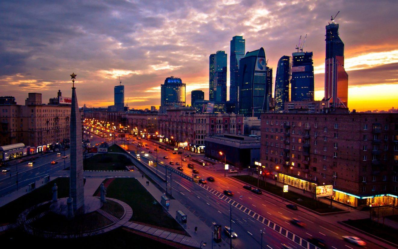 Сумеречная февральская Москва