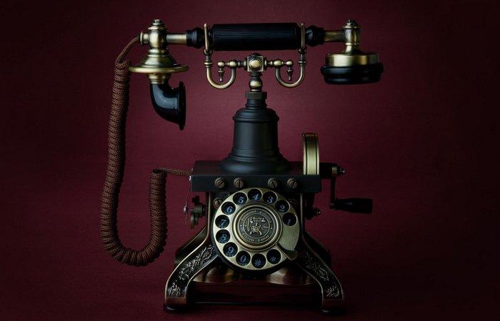 7 марта 1876 г.  День рождения телефона