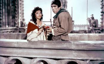 Кадр из фильма Собор Парижской Богоматери (фильм, 1956) режиссёр Жан Деланнуа