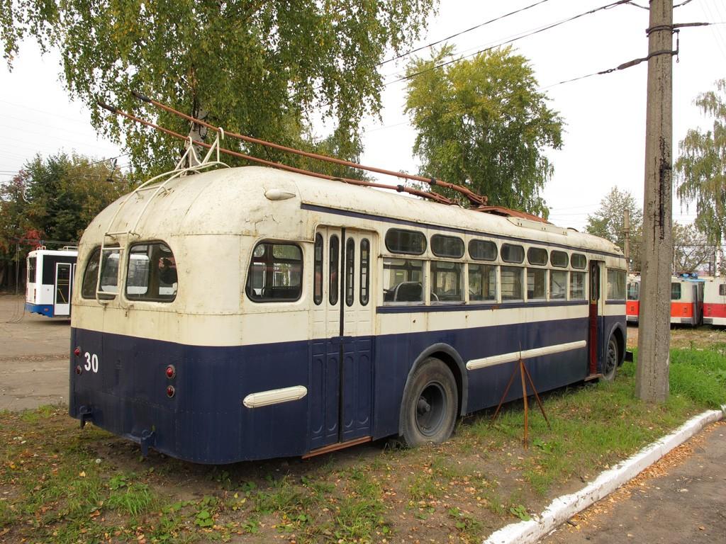 Троллейбус на вечной стоянке