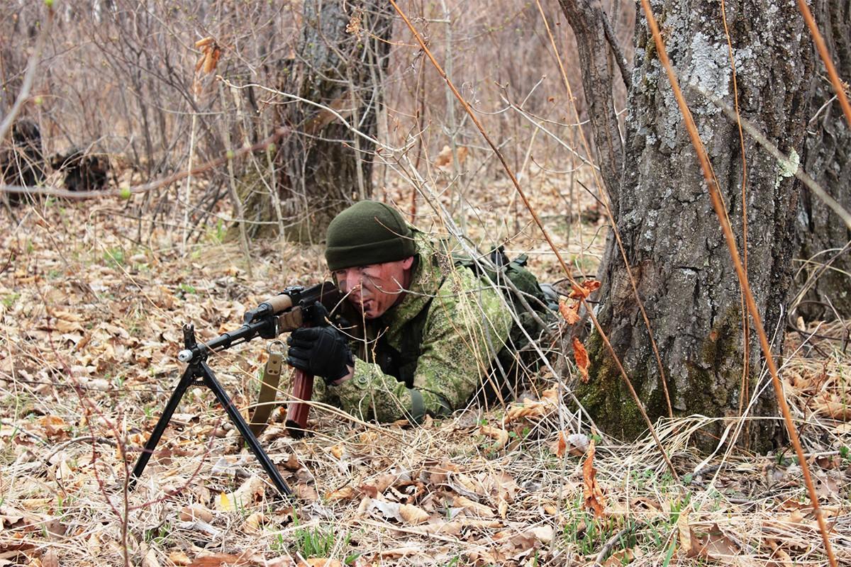 Поздравляем военных разведчиков с профессональным праздником