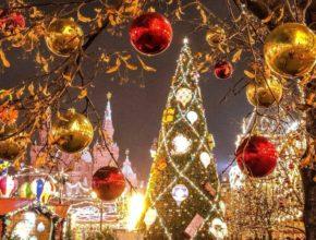На новый год гуляем по центру Москвы - маштин не будет