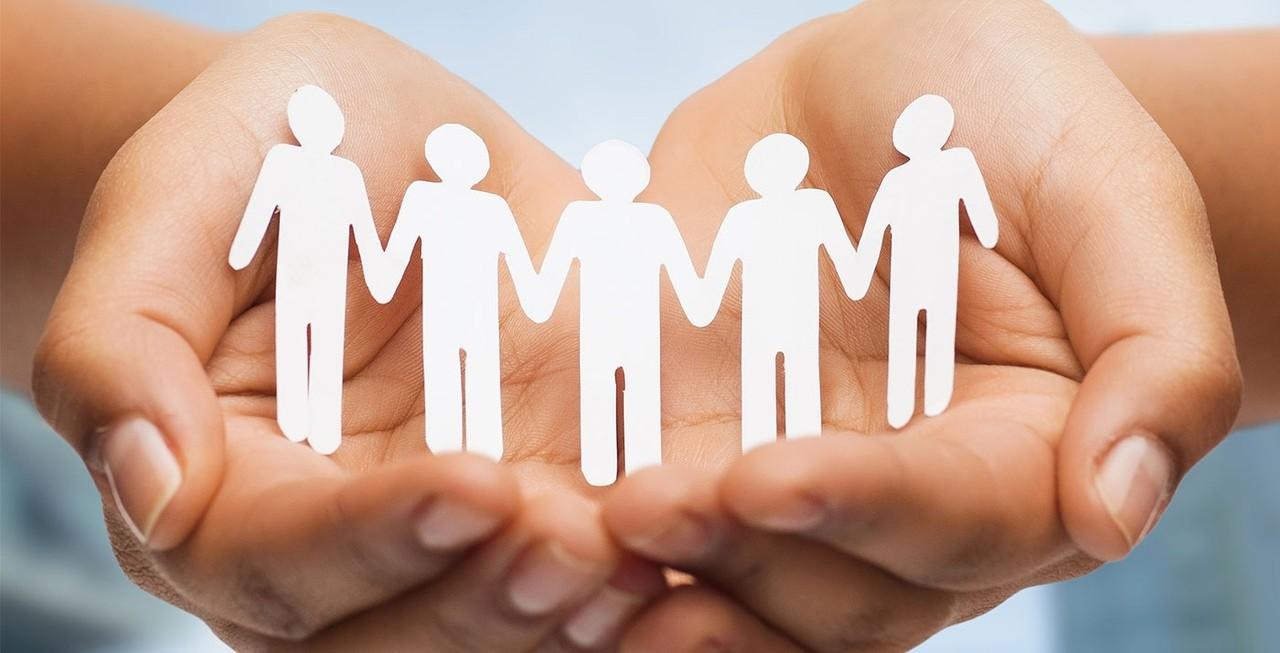 Суть социальной работы - помощь людям