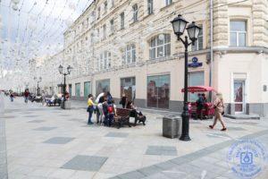 «Красная площадь»: В Москве открылся карантинный книжный фестиваль