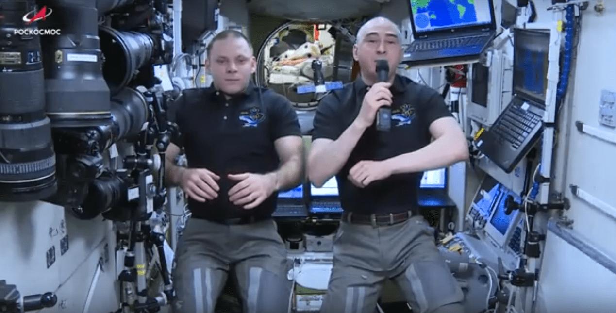 Российские космонавты Анатолий Иванишин и Иван Вагнер