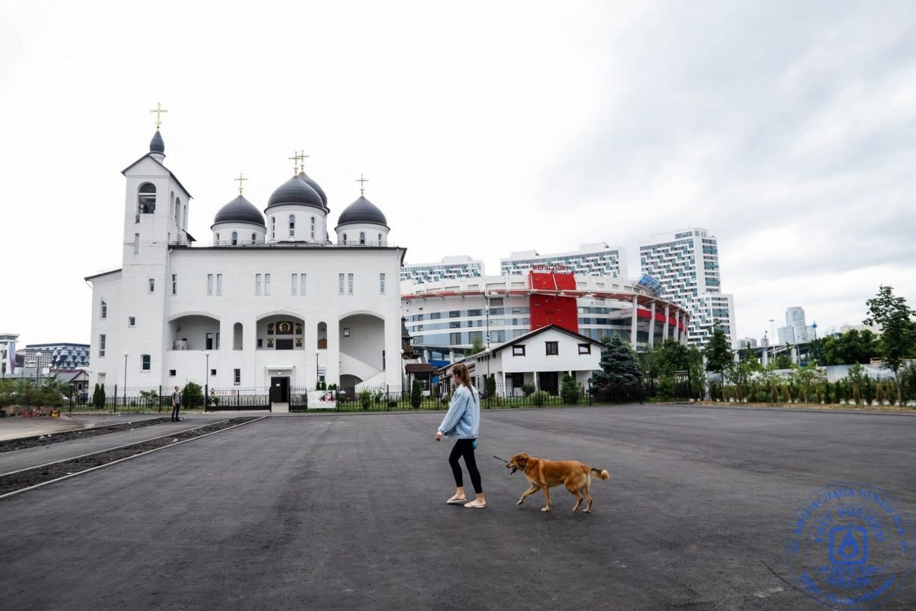 Православный храм при летних военных лагерях на Ходынском поле в Москве